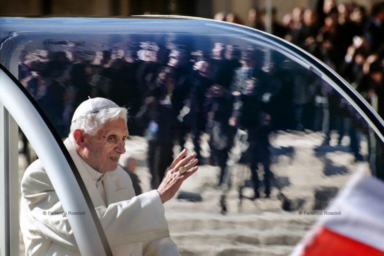 Vatican, Vatican City, February/March 2013. The Conclclave. ### Vaticano, Cittˆ del Vaticano, Febbraio/Marzo 2013. Il Conclave